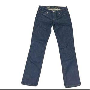 Levi's Demi Curve 26 Straight Leg Low Rise jeans
